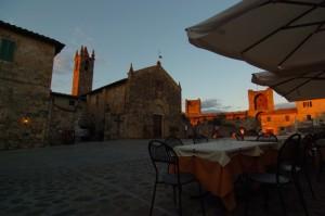 tramonto a Monteriggioni